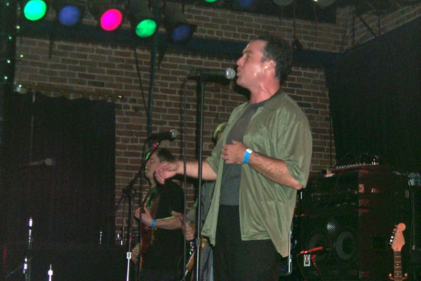 http://www.stellavision.com/gallery/1999-12-16/742-sean_sweat.jpg