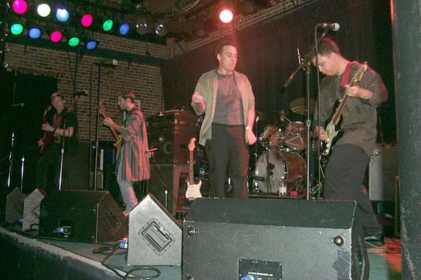 http://www.stellavision.com/gallery/1999-12-16/743-band.jpg